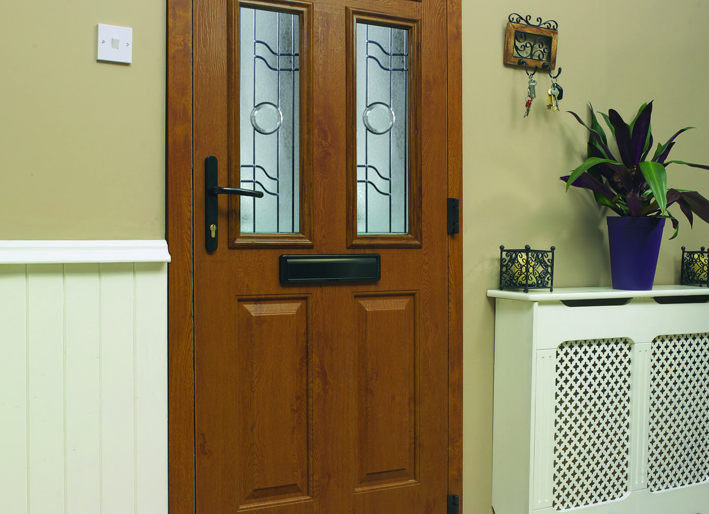 Grey Composite Door Timeline Image